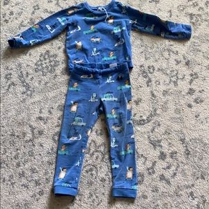 Kids playwear matching set.